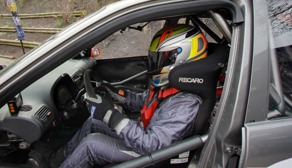 The Ideal Setup For A Dedicated Track Car Is Full Roll Cage With Fia Approved Fixed Back Bucket Seats Five Or Six Point Harnesses Helmet